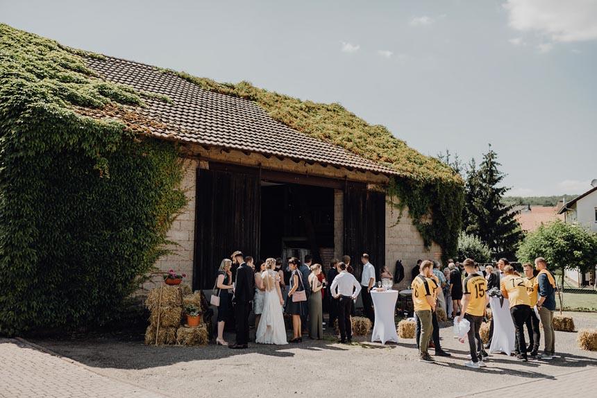 Hochzeitsfotograf-scheunenhochzeit-kaiserslautern-hochzeit-freie-trauung (1)